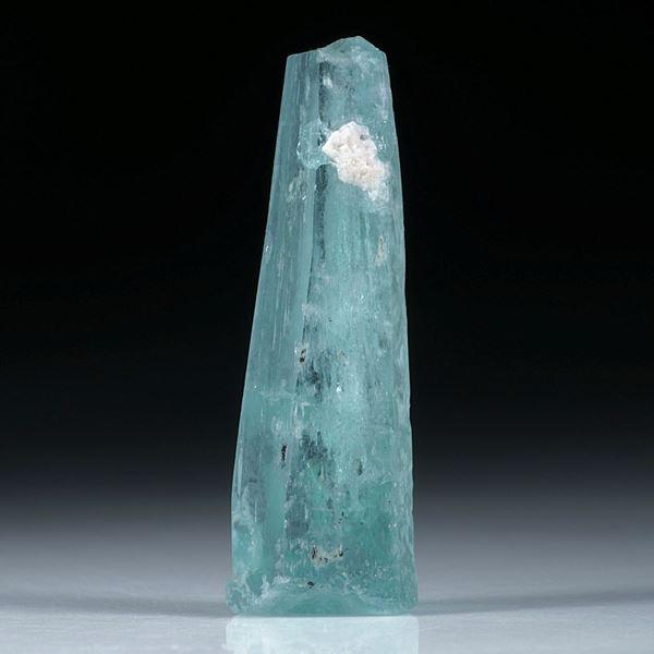 Aquamarin Kristall 22.88ct. ca. 36x10mm