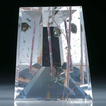 Bergkristall mit Rutilquarz und Hämatit Einschlusskristall
