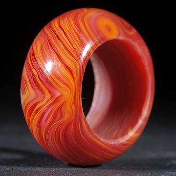 Fusing-Glas-Ring, orangerot gestreift