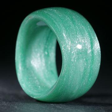 Glasfaser Fingerring, handgewickelt (Cadmiumgrün dunkel mit Perlglanzpigment Mira Silber)