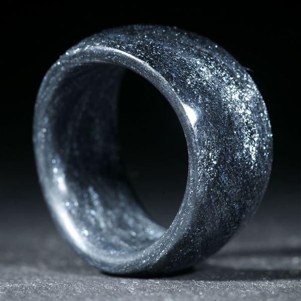 Glasfaser Fingerring, handgewickelt (Sternglanzpigment mit Anilinschwarz)