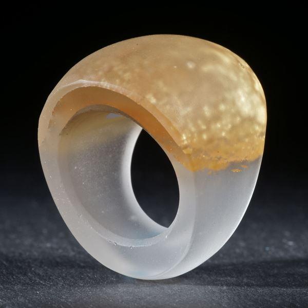 Goldglas Ring, Form im Verlauf, mattiert