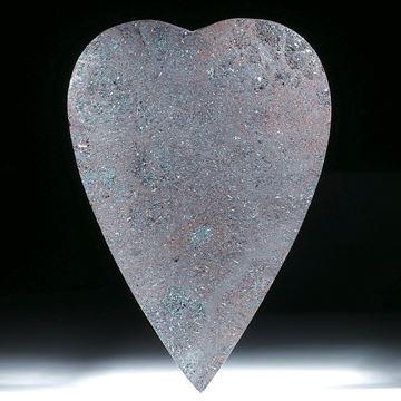 Hämatitherz (Eisenerz), Oberfläche leicht gespannt