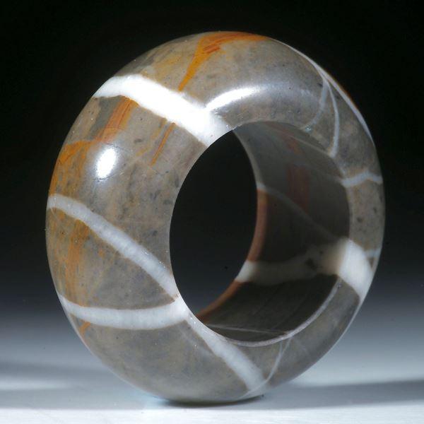 Kieselstein Ring, aussen halbrund geschliffen und poliert