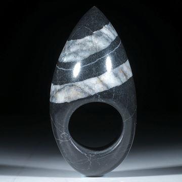 Kieselstein Ring, hohe Form mit Doppellinie, poliert