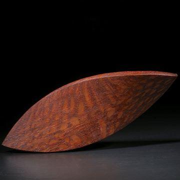 Perlholz-Navette im Torsion geschliffen matt, ca.92x33x4mm