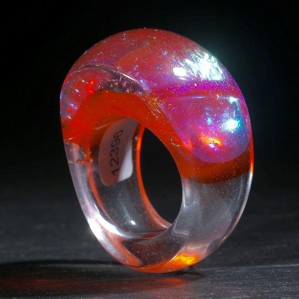 Opalglas Ring, konisch geschliffen und poliert