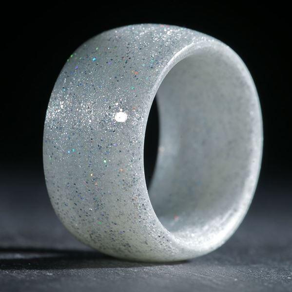 Glasfaserring, handgewickelt (Holographic Silber mit Mira Silber)