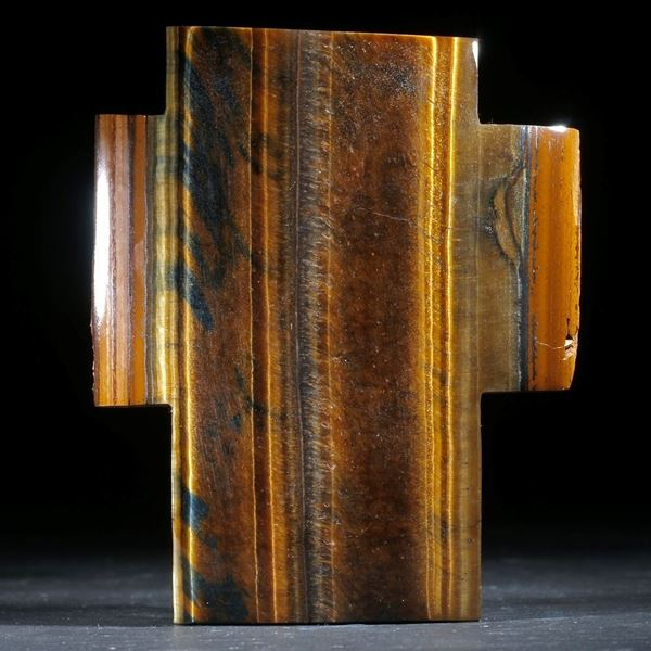 Tigerauge Kreuz, Oberfläche gespannt und poliert, ca. 70x57x11mm