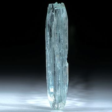 Aquamarin Kristall ca.52x11mm, 35.11ct