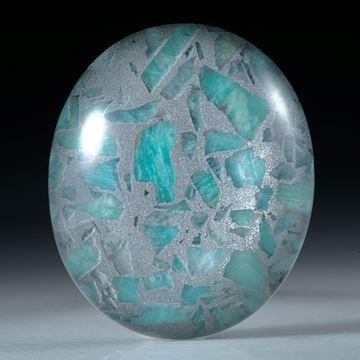 Amazonit in Alumatrix, ovaler Cabochon mit Bergkristall doublettiert