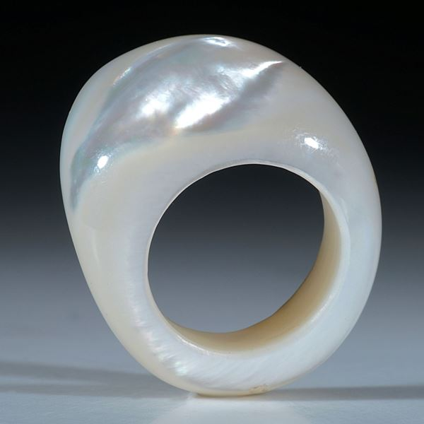 Pinctada maxima, Perlmutter Fingerring