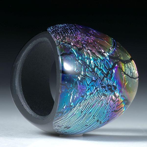 Opalglas Fingerring im Verlauf geschliffen und poliert