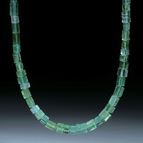 Turmalin Afghanistan, Collier aus naturbelassenen Kristallen