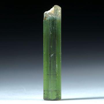 Turmalin Kristall 6.92ct. 28x5mm