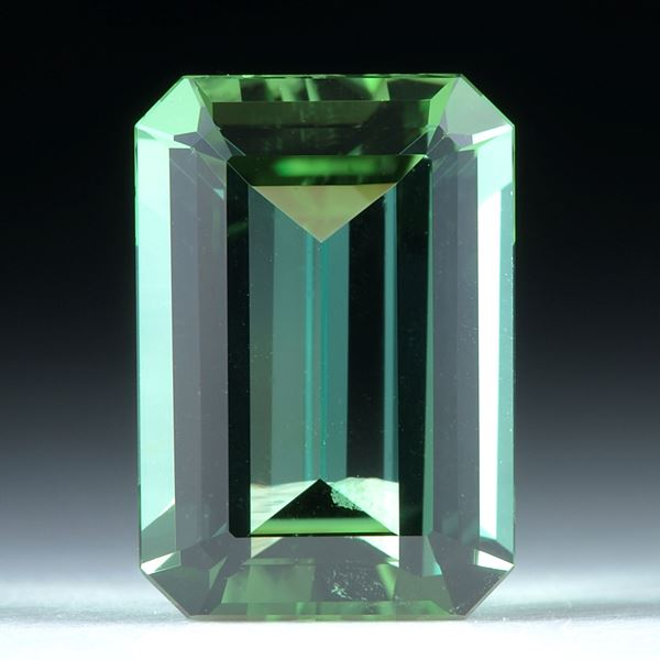 Turmalin facettiert 5.04ct. 13x9x5.3mm