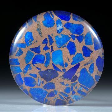 Lapislazuli in Bronzematrix, mit poliertem Bergkristall doublettiert