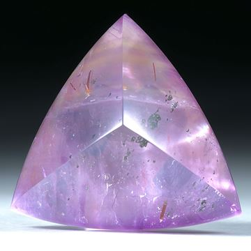 Amethyst mit Bergkristall doublettiert, Dreieck ca.35x34x19mm
