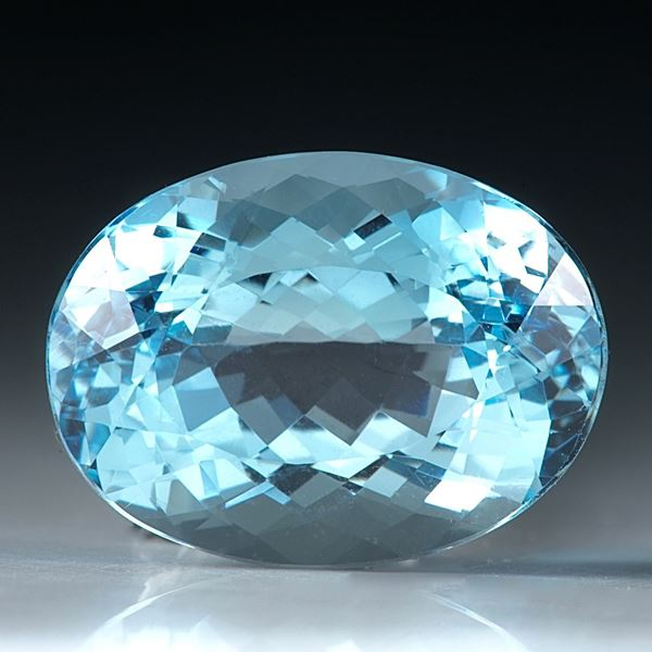 Aquamarin ocal facettiert 7.38ct.  14.5x11x8mm