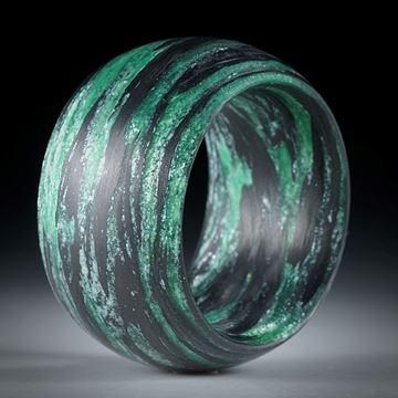 Fibertec: Karbonring mit Glasfaser Dunkelgrün und Silberflitter