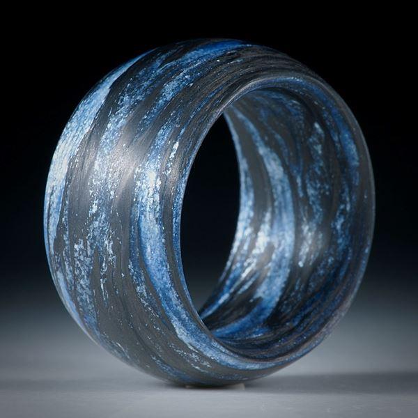 Fibertec: Karbonring mit Glasfaser Ultramarinblau und Silberflitter