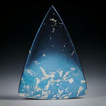 Edelstein Freiform Covellin, dreieckige Form mit gebogenen Seiten ca.43x31x5mm