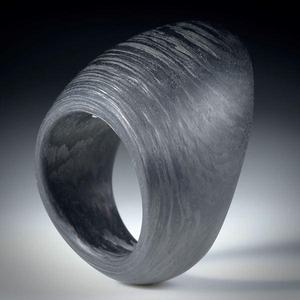Karbonring, freie Form ca.36x29x24mm