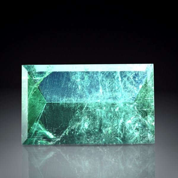 Turmalin Spiegelschliff 7.59ct  ca.16.5x10x6mm