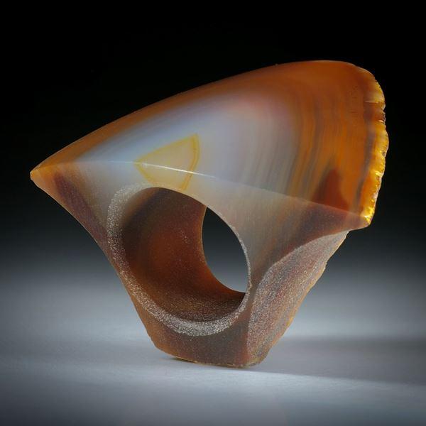 Edelsteinring Karneol, mit naturbelassener Seite ca.51x41x30mm