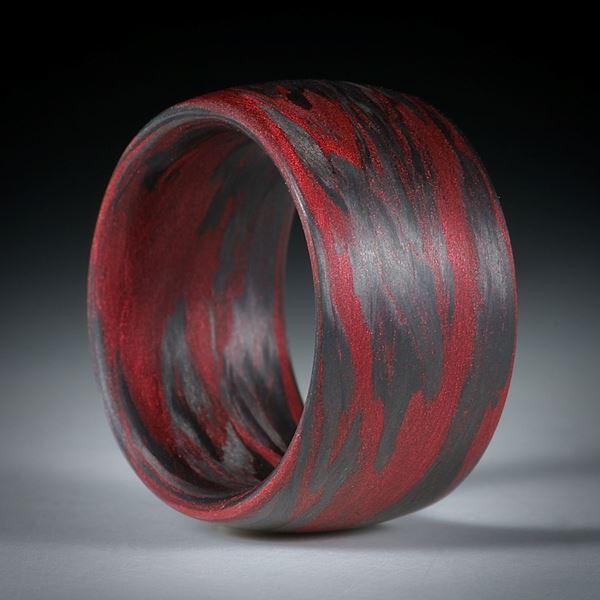 Bild von Karbonring mit Glasfaser Cougar Red, handgewickelt