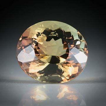 Turmalin oval favettiert 5.59ct.  11.5x10x8mm