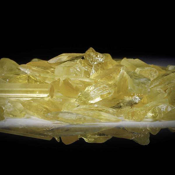 Goldberyllkristalle 1 Lot 272.27ct.  Kristalle von ca.15 bis 20mm Länge