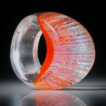 Fingerring Fusingglas, Opalglas, geschwungene Form im Verlauf geschliffen und poliert