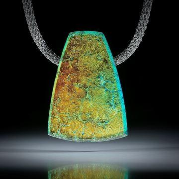 Dichroic Glass, Opalglas Anhänger mit Karbon Rückseite ca.42x30x9mm