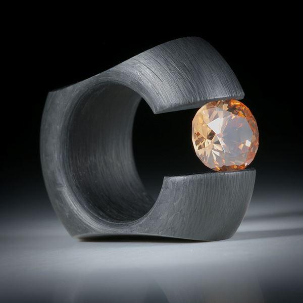 """Karbon Spannring mit Zirkonia 12x10mm """"Champan"""", Breite 14.5mm, Innendurchmesser 19mm"""