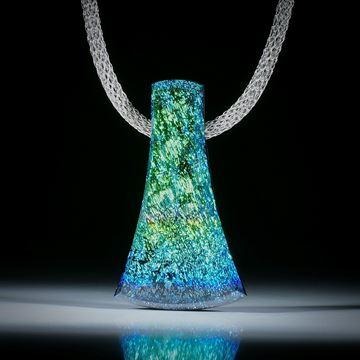 Dichroic Glass, Opalglas Anhänger mit Carbon Rückseite ca.49x28.5x9mm