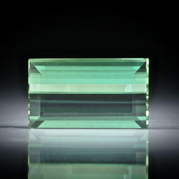 Turmalin Treppenschliff 4.2ct.  13x7.7x4.5mm
