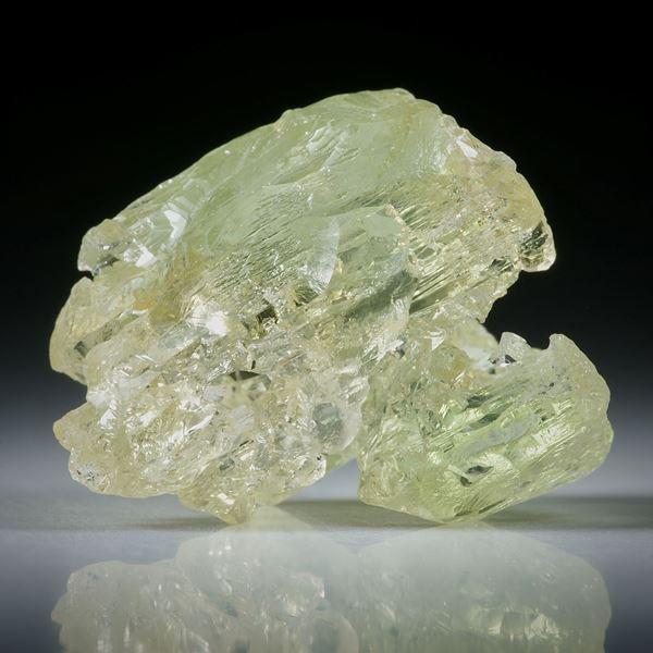 Goldberyll Kristall aus Brasilien, ca.25x23x18mm, 45.29ct.