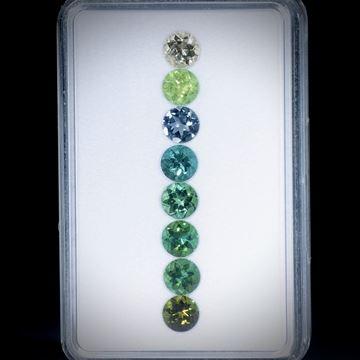 Turmaline, rund facettiert, 8 Steine, 5.38ct. Durchmesser ca. 5.6mm