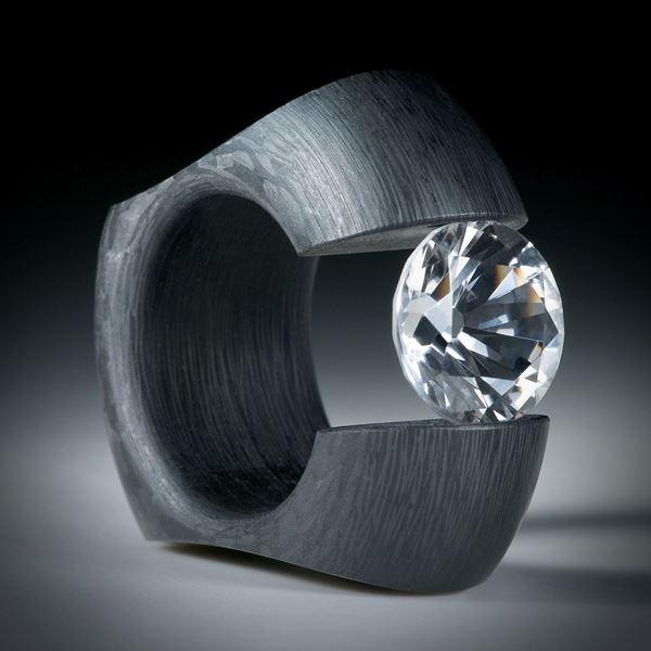 Karbon Spannring mit facettiertem Bergkristall, Innendurchmesser 18.1mm