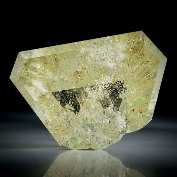 Goldberyll Spiegelschliff, 49.09ct. teilweise naturbelassen ca.31x22x12mm