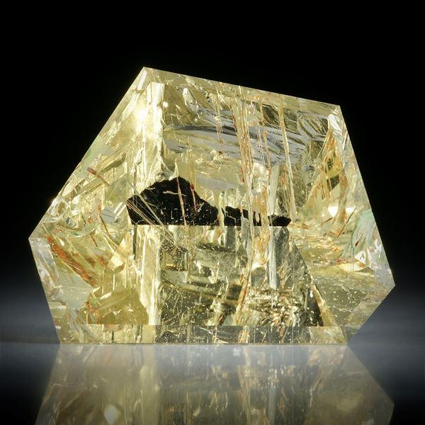 Goldberyll Spiegelschliff, 45.57ct. teilweise naturbelassen ca.30x22x12mm
