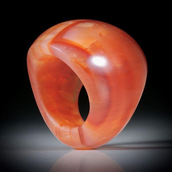 Steinring Karneol, im Verlauf geschliffen und poliert, Innendurchmesser 18.1mm