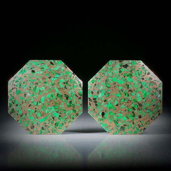 Maw sit sit, in Bronzematrix, Paar 77.94ct. Achteckformen leicht bombiert und poliert, je ca.35x32.5x3.5mm