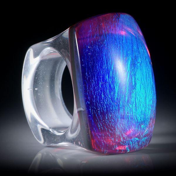 Fingerring aus Opalglas, Tafelring poliert ca.37x36x28mm, Innendurchmesser 20.2mm
