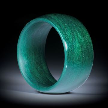 Fingerring aus Glasfaser Phthalogrün mit Polarsilber, parallele Form, aussen bombiert mit gerundeten Innenkanten, poliert, Breite 12mm, Innendurchmesser 20.2mm