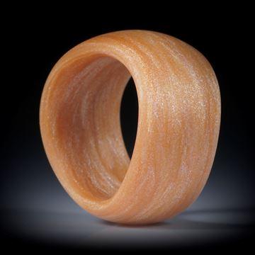 Glasfaser Ring, Royalgold mit Mira White, geschwungene Form, bombiert und feinmatt, Breite 13mm, Innendurchmesser 18mm