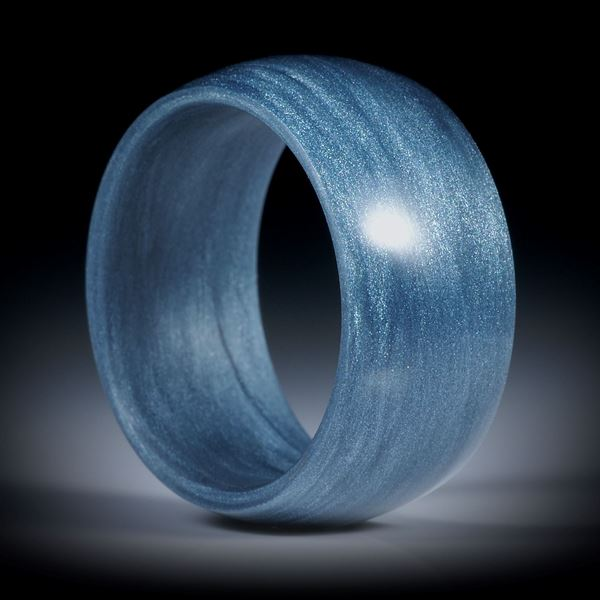 Fingerring aus Glasfaser silbergrau, leicht gewölbt und poliert, Innendurchmesser 20.1mm