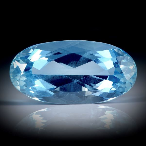 Santa Maria Aquamarin 5.43ct. Oval facettiert ca.16x8x6.3mm