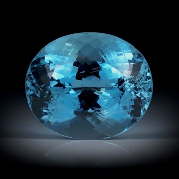 Aquamarin 22.05ct. Santa Maria, Brasilien, Oval facettiert ca.19.5x16x12.5mm